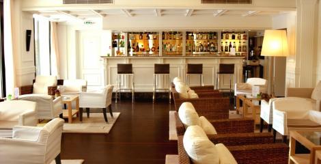 Hôtel Napoléon - Relaxez-vous au Lounge Bar